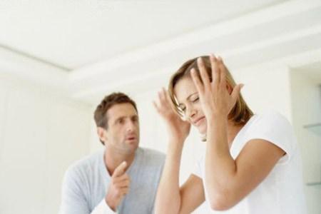 Помогите разобраться: муж постоянно меня оскорбляет